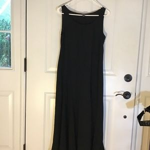 EILEEN FISHER BLACK SILK SLEEVELESS DRESS. SM